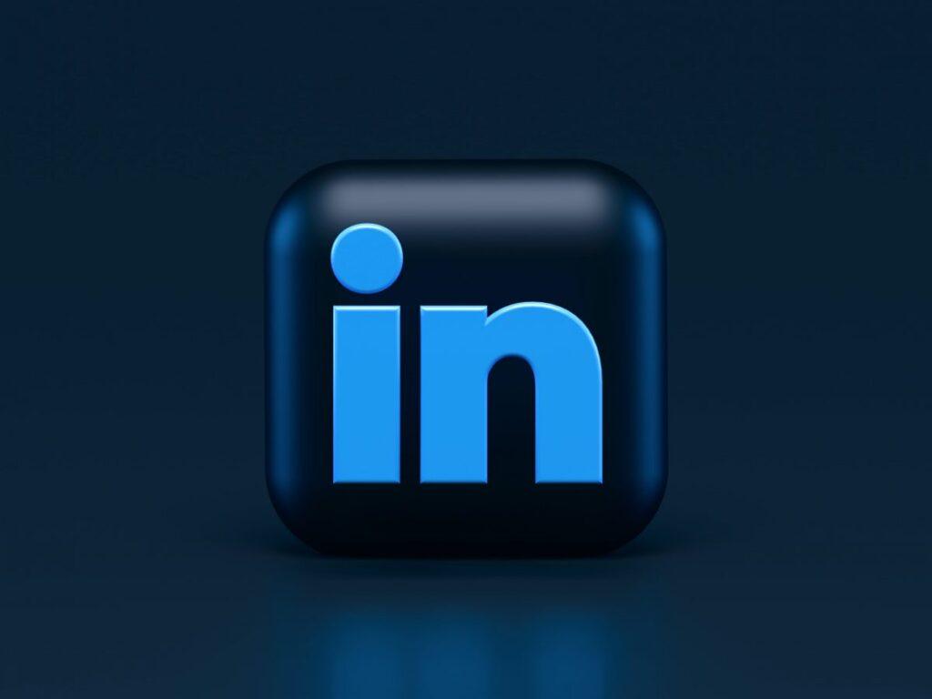 Linkedin B2B strategies, by Inter-Dev digital marketing